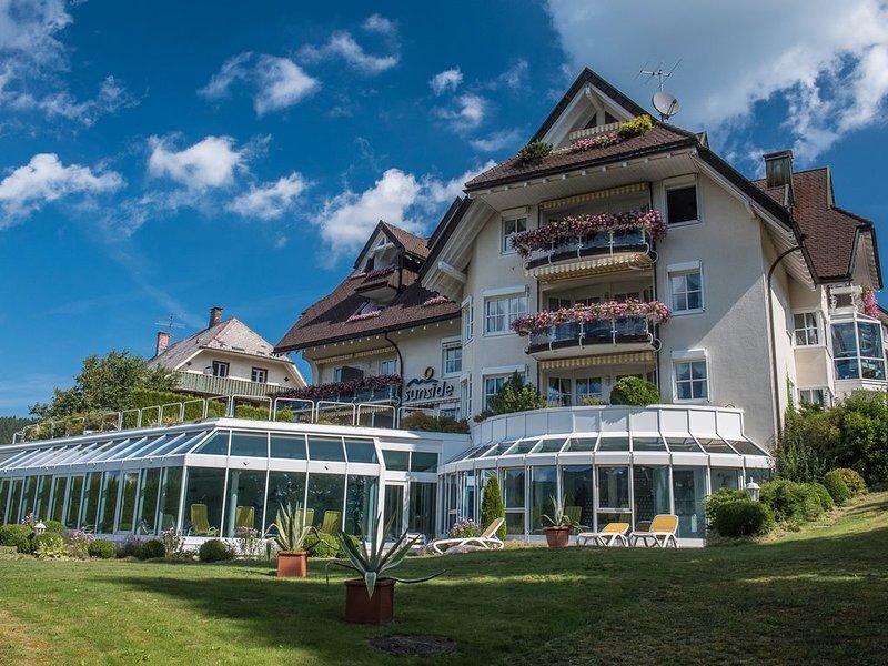 Traumurlaub in modernem Schwarzwaldambiente am See, vacation rental in Schluchsee