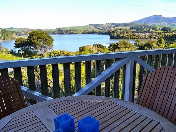 Kaitoke on the Bay - Raglan Holiday Home - Views