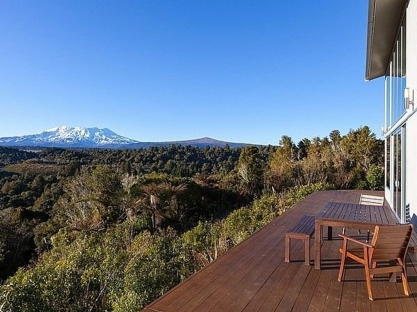Triple Peaks Eco Lodge - National Park Holiday House, location de vacances à Taumarunui