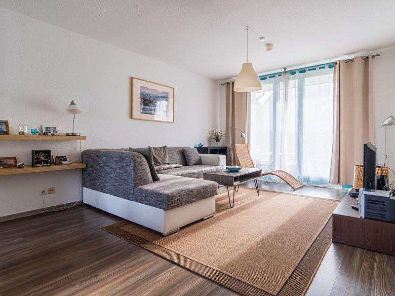 Großzügiges modernes 3 - Raum - Apartment im Ostseebad Binz, holiday rental in Lancken-Granitz