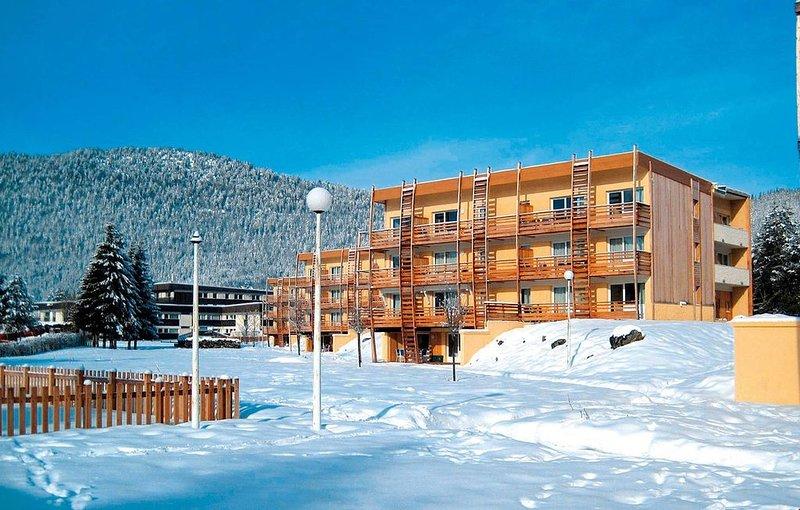Appartement Cozy Familial | Ski de Fond, WiFi + Parking !, holiday rental in Autrans