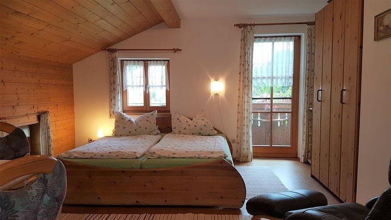 Ferienwohnung° 31 qm Wohn-/Schlafraum kombiniert und Ost-Balkon° – semesterbostad i Prien am Chiemsee