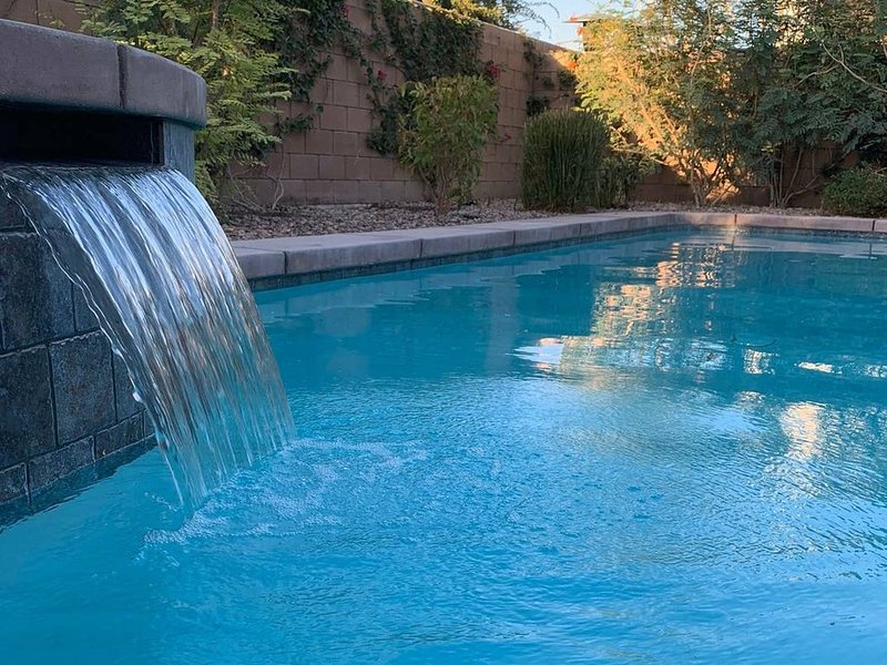 Calypso Desert Retreat~private pool & spa!  BRAND NEW LISTING!, holiday rental in Coachella