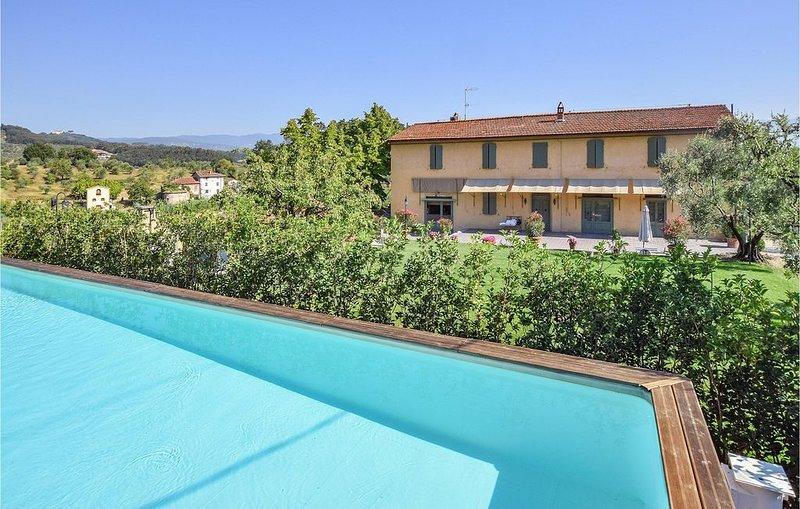 2 Zimmer Unterkunft in Serravalle Pistoiese, holiday rental in Casalguidi