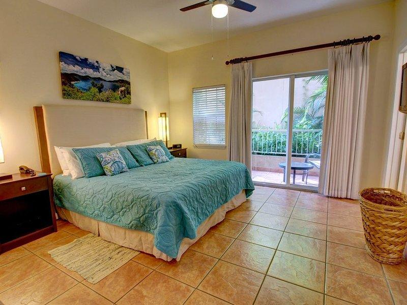 SEASIDE Two Bedroom Suite - Grande Bay Resort, St. John, holiday rental in Cruz Bay