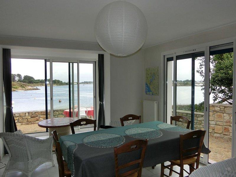 Maison de pêcheur au bord de l'eau, holiday rental in Landevant