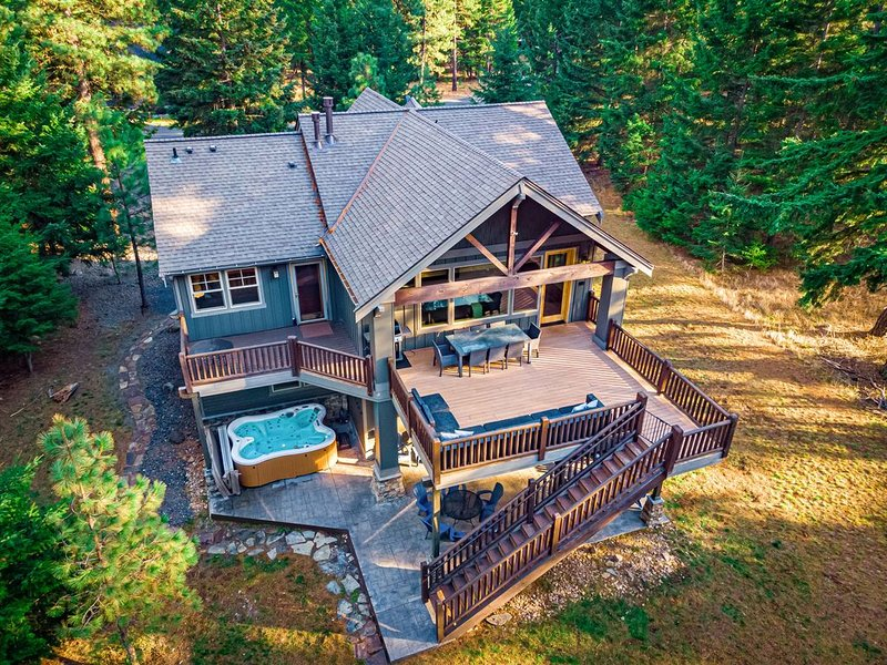 Suncadia Luxury View Home On The Golf Course w/Hot Tub, casa vacanza a Cle Elum