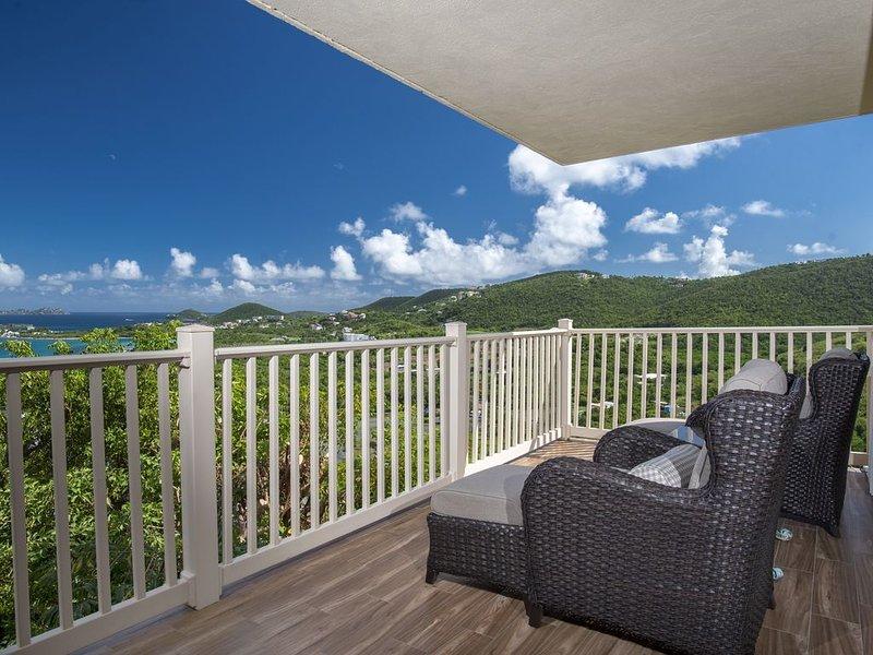 Resort 1 Bedroom Oceanview Villa (Resort Privileges), alquiler de vacaciones en Smith Bay