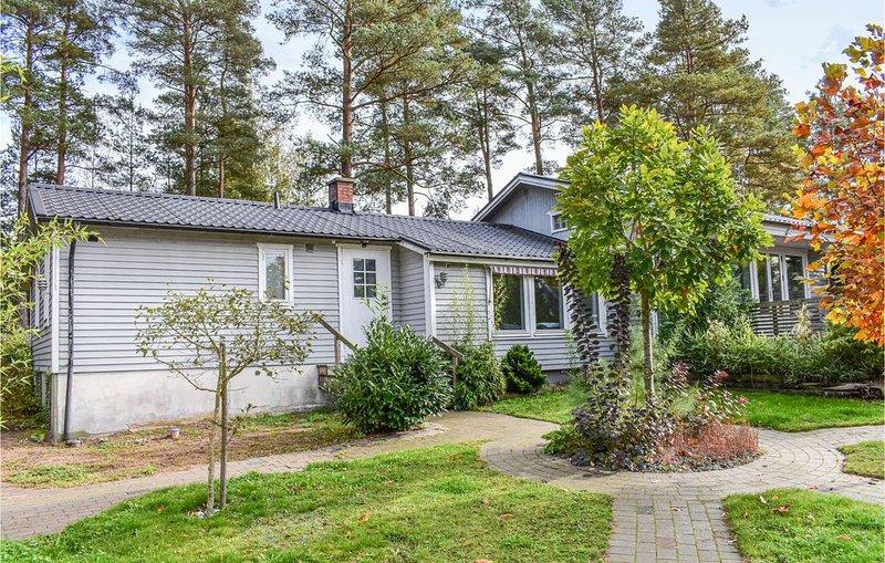 4 Zimmer Unterkunft in Sjöbo, vacation rental in Lund