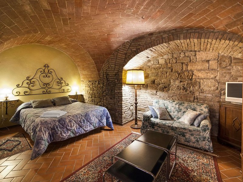 san gimignano apartment  4 px,  fast wifi free, vakantiewoning in San Gimignano