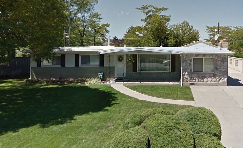 home in central Salt Lake Valley, east side, vacation rental in Taylorsville