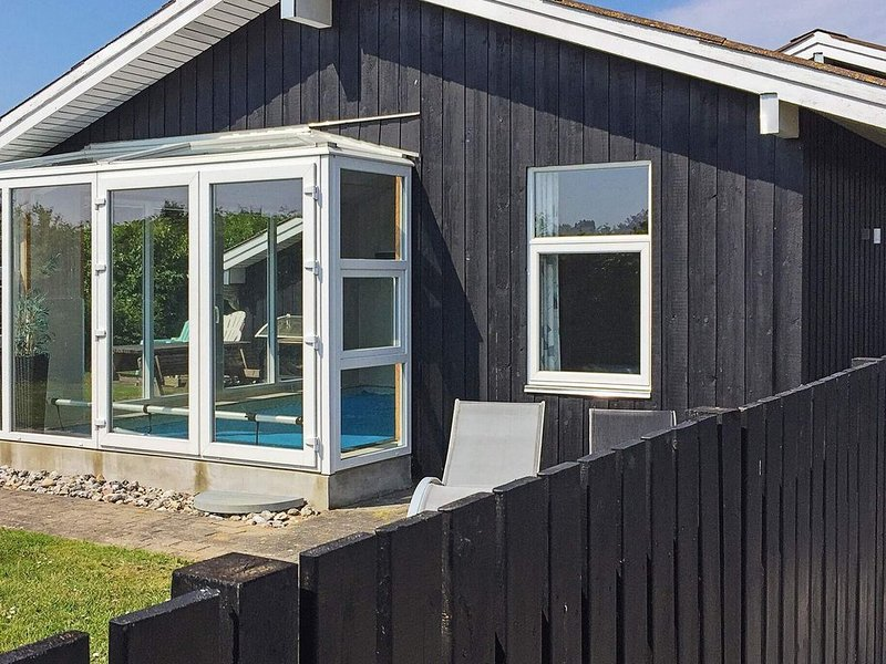 Pleasant Holiday Home in Juelsminde with Barbecue, casa vacanza a Horsens