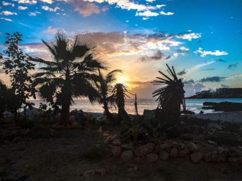 Comfortable Maho Beach Studio, holiday rental in Maho