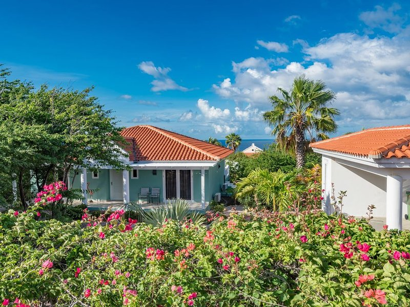 Villa Coral Estate #705, Curacao, holiday rental in Sint Willibrordus