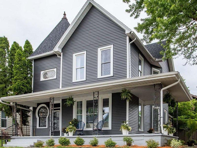 The Pearl House -- Muscatine Vacation Rental, aluguéis de temporada em Wapello
