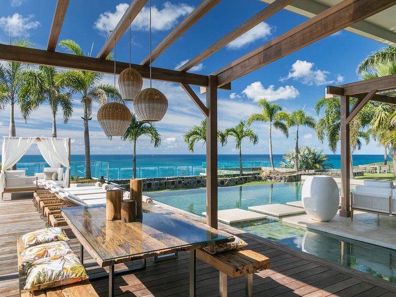 modern tropical villa, holiday rental in Cole Bay