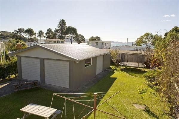 Joes Place - Cooks Beach Holiday Home, holiday rental in Whitianga