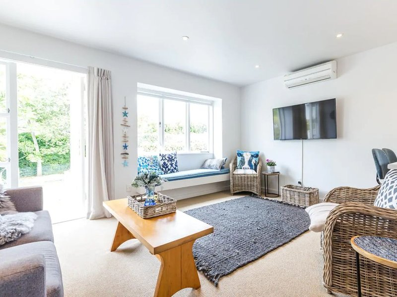 Newly Renovated 3 Bedroom Villa in Remuera, vacation rental in St Heliers