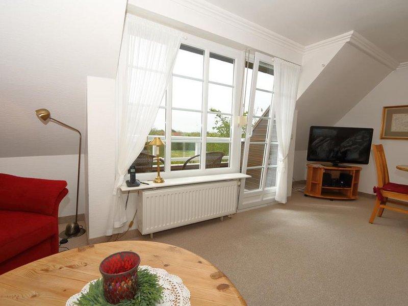 Unser Landhaus Brigitte bietet Ihnen den Komfort, den Sie im Urlaub suchen. Im H, holiday rental in Keitum