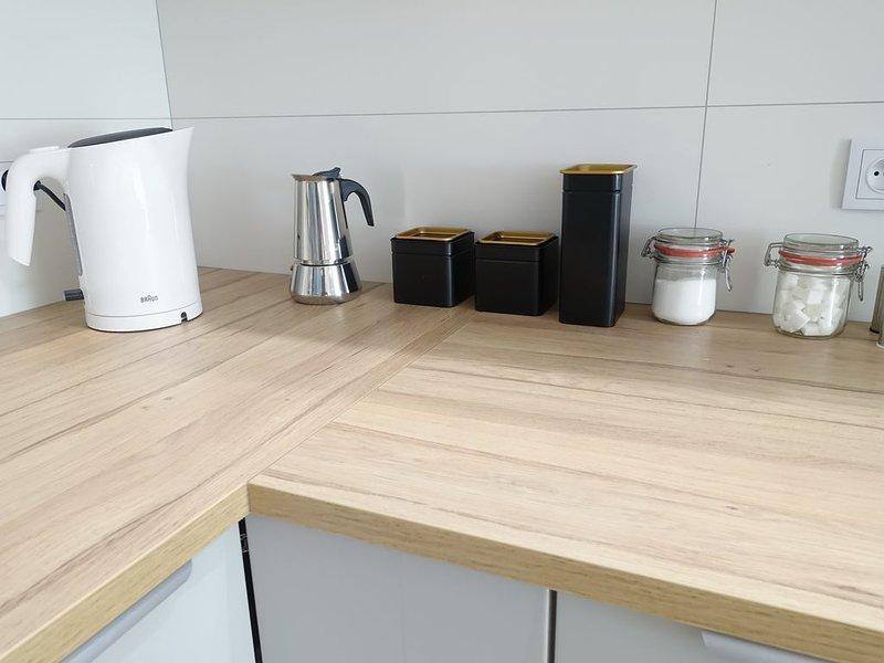 Comfortable room in high-standard apartment, casa vacanza a Wegrzce