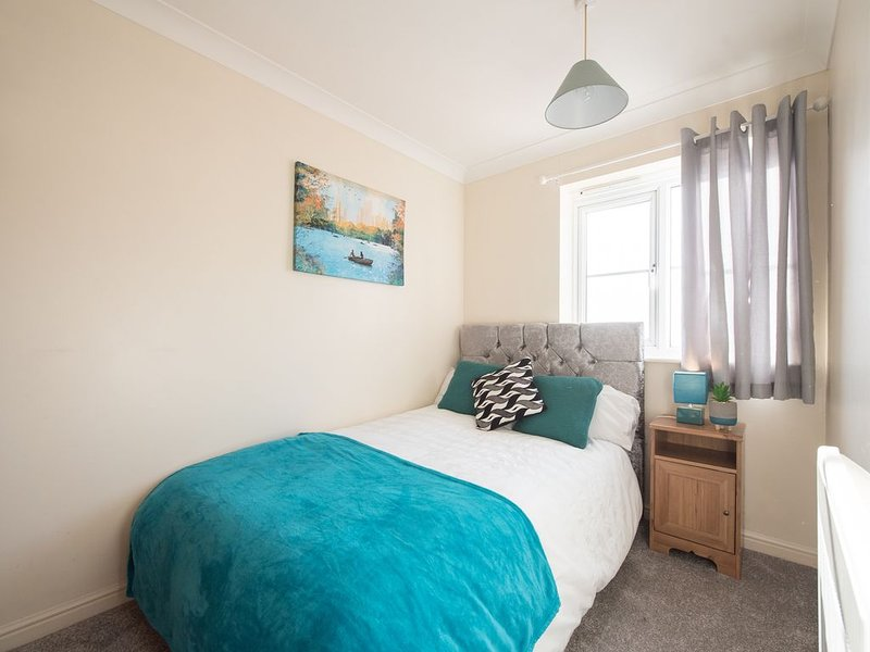 Sea-Fa Southend by Kish Apartments, holiday rental in Burnham-on-Crouch