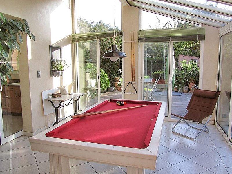 Dans Toulouse spacieuse maison familiale calme et chaleureuse avec jardin, aluguéis de temporada em Haute-Garonne