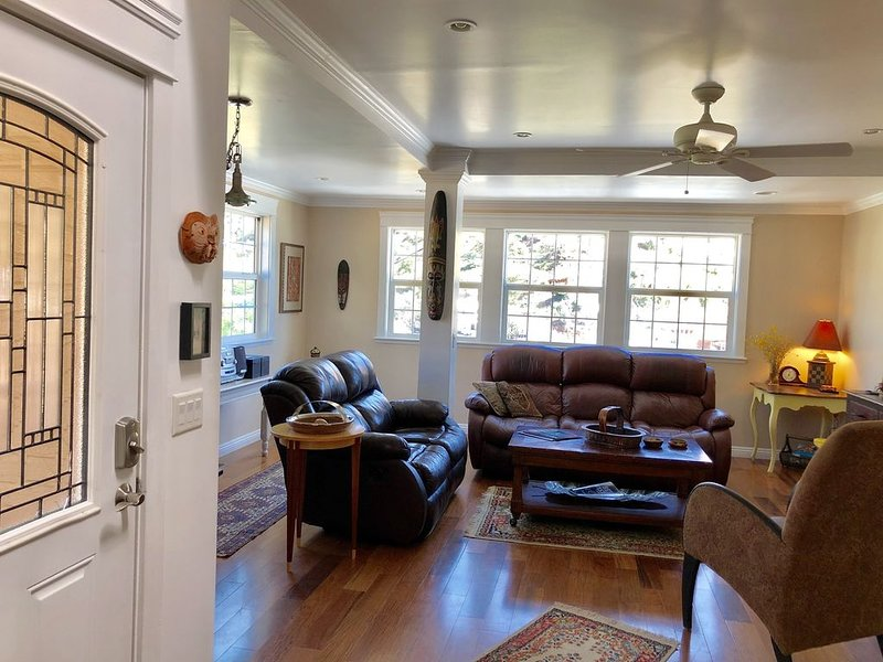 2-story house, all the comforts of home, spectacular space and view, vacation rental in Bisbee