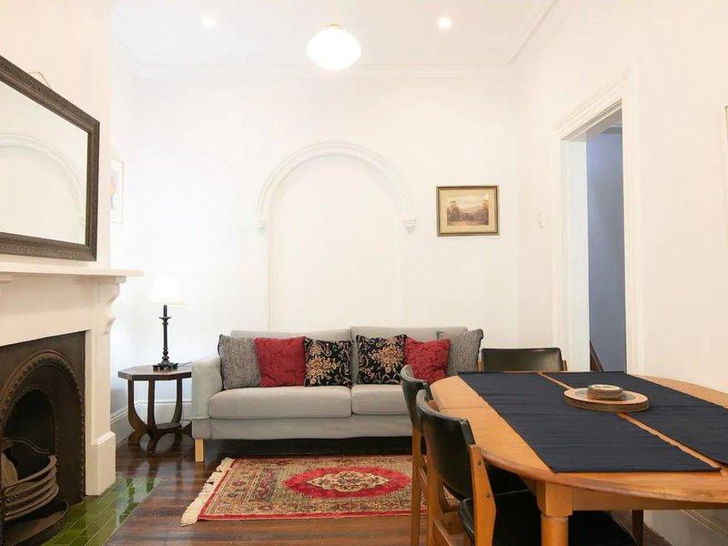 Stylish 3 Bedroom Townhouse in Darlinghurst, vacation rental in Sydney