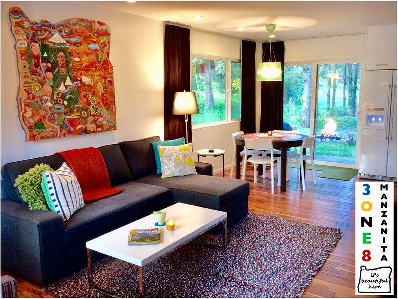 3ONE8 Manzanita ~ modern retreat w/ private back yard, location de vacances à Manzanita