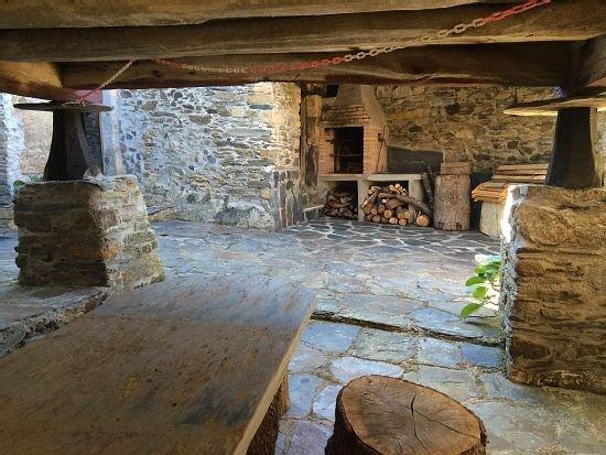 Casa Casariego para 7 personas, vacation rental in Grandas de Salime Municipality