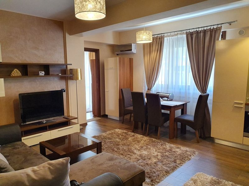 Eliza Luxury Apartment in Dorobanti/Floreasca-NETFLIX, aluguéis de temporada em Snagov