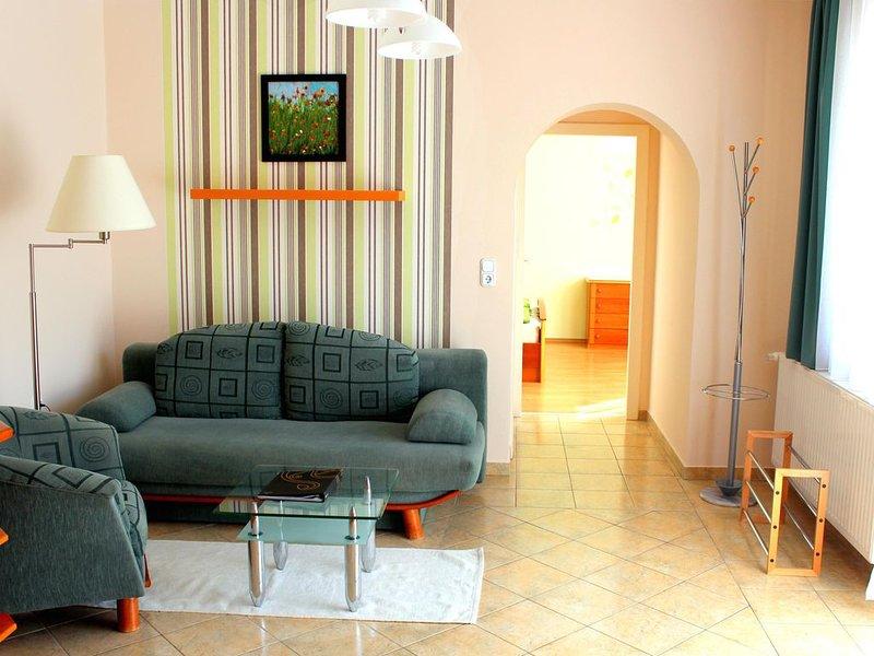 Neue, moderne Ferienwohnungen, hell, freundlich und sauber! Viele Stammgäste. – semesterbostad i Zala County