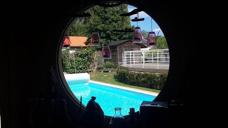 Logement entier au Calme * Piscine Chauffée * 30' Puy du Fou * 25' Parc Oriental, location de vacances à Trémentines