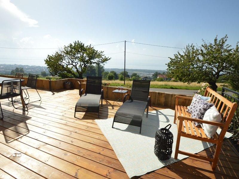 Au calme, logement de charme proximité  Evian et Thonon les bains, holiday rental in Marin
