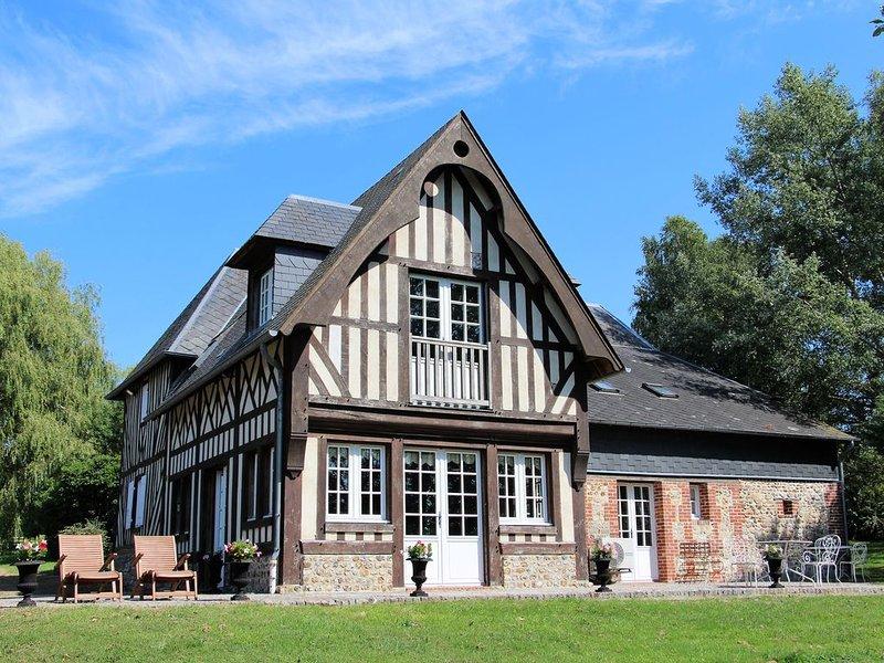 Maison de famille normande [15 min Deauville], casa vacanza a Bourgeauville