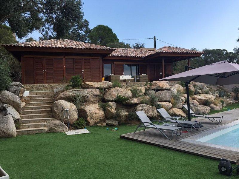 villa lodge haut de gamme  avec piscine, vacation rental in Figari