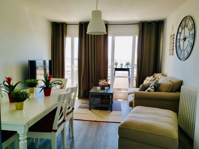 Charmant appartement BORDEAUX avec vue spectaculaire, holiday rental in Blanquefort