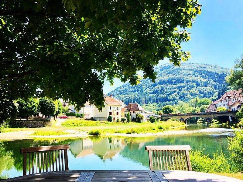 Gîte entre Doubs et Dessoubre, location de vacances à Les Genevez