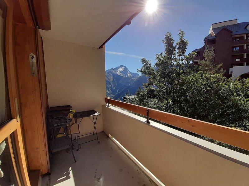 STUDIO 19M2 + PLACE DE PARKING PRIVATIVE, alquiler vacacional en Mont-de-Lans