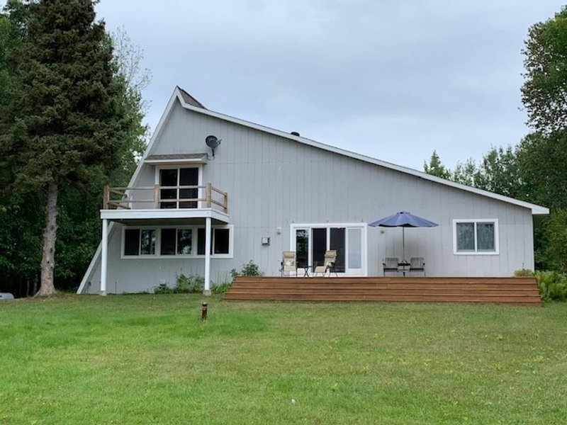 Amazing waterfront island getaway, holiday rental in Sault Ste. Marie