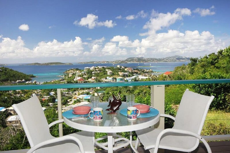 Romantic Moment-A darling 1-bedroom w/king bed, A/C, alquiler de vacaciones en Caneel Bay
