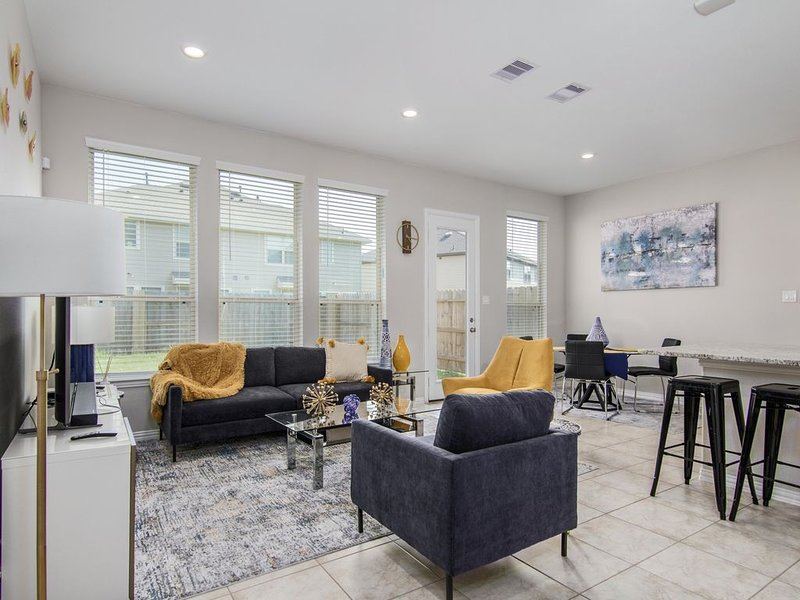 Cozy Pad in Richmond Texas, holiday rental in Needville