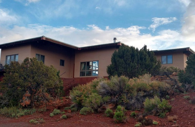 Spacious Torrey Home with Capitol Reef Views, location de vacances à Lyman