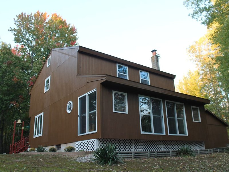 Northern Michigan Adventure Get Away, holiday rental in Irons