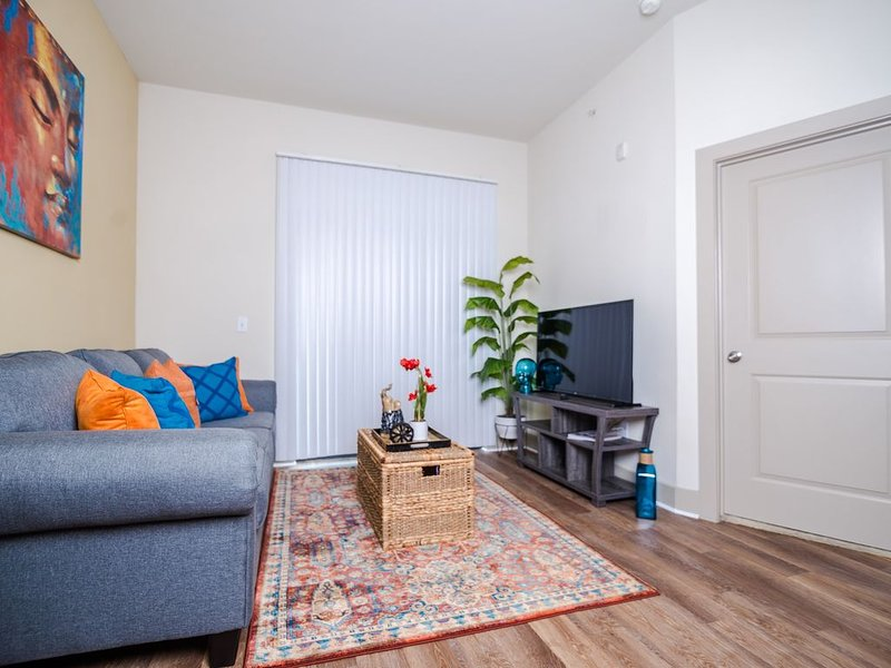 Chic Loft in the Heights, holiday rental in North Houston