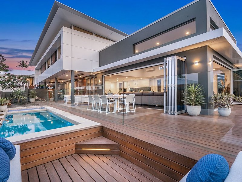 Elevation - Heated Pool and Hot Spa, holiday rental in Byron Bay