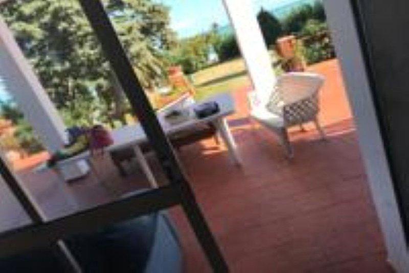 Appartamento al piano terra in Villa Stella Marina, holiday rental in Villasmundo