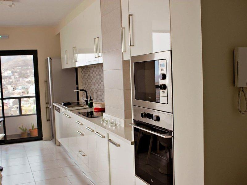 Kasa Imbondeiro uma casa com vista no Mindelo, vacation rental in Porto Novo