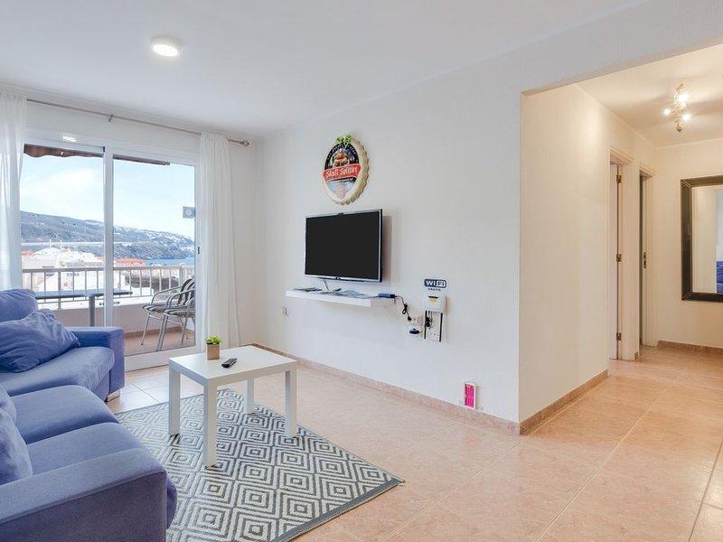 Apartment Deluxe am Strand mit Pool, Balkon, Meerblick und WLAN; Parkplatz vorha, vacation rental in Candelaria