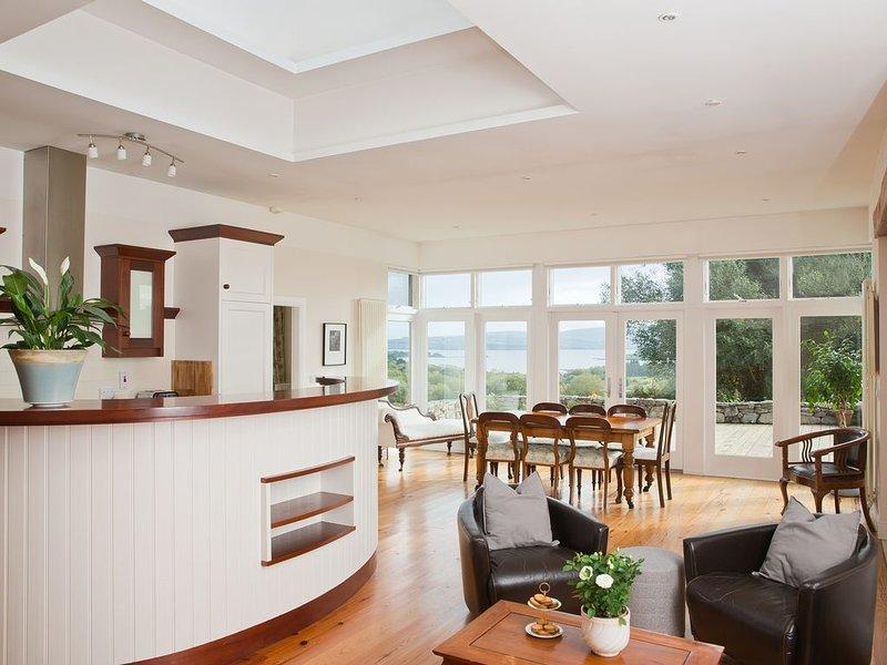 Absolute Luxury in Hidden Ireland, holiday rental in Broadford